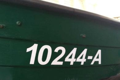 Bootskennzeichnung gemäß Vorgabe
